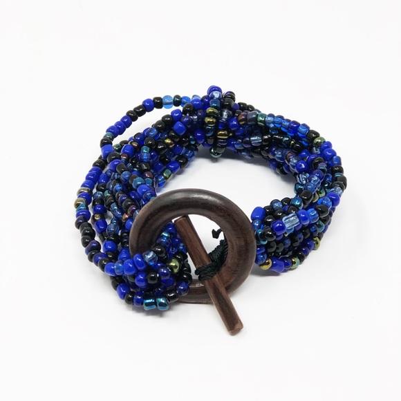 Jewelry - New Blue bead bracelet ✨💕